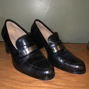 Joan &David penny loafer heels, size 40 (W9.5)